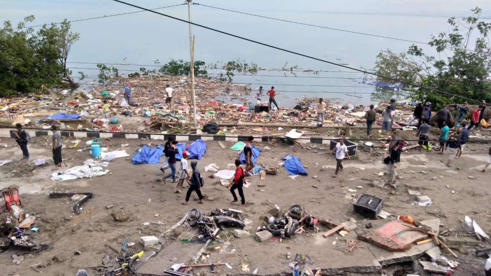 De nombreux corps ont été découverts dans la ville de Palu après le tremblement de terre.