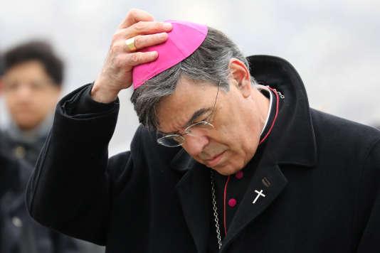 Michel Aupetit ne rejette pas l'idée qu'une commission d'enquête parlementaire se penche sur la question des violences sexuelles sur mineurs commises dans l'Eglise.
