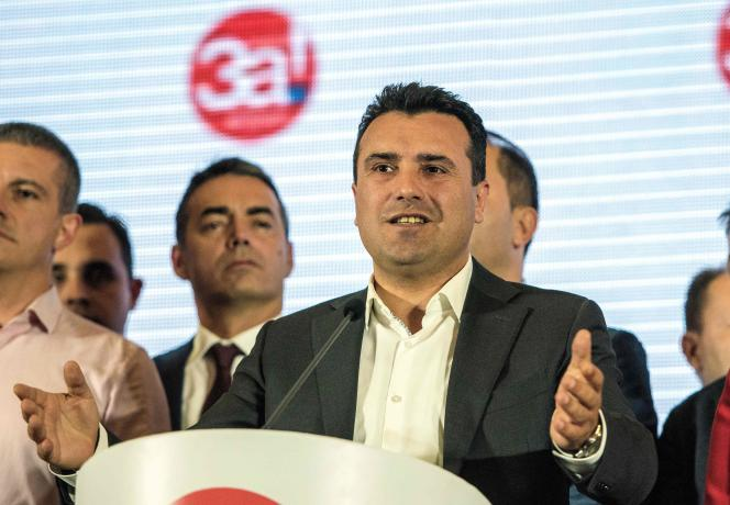 Le premier ministre macédonien Zoran Zaev, lors d'une conférence de presse, à Skopje, le 30 septembre.
