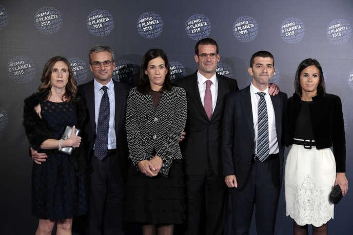 La famille Lara, propriétaire du groupe d'édition espagnol Planeta, à Barcelone, en octobre 2015.