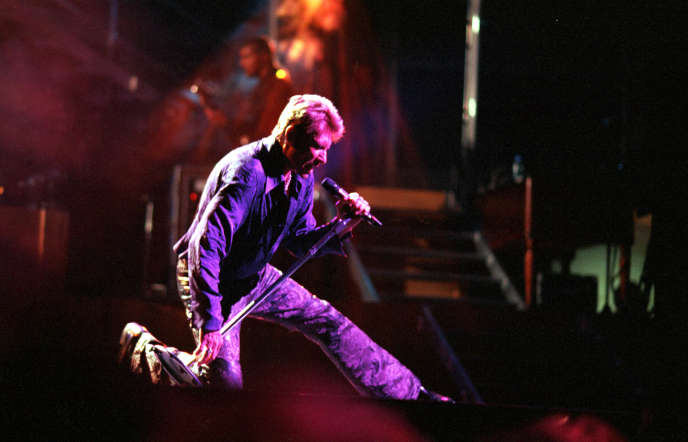 Johnny Hallyday, lors de l'un de ses 42 concerts donnés à l'Olympia, en 2000.