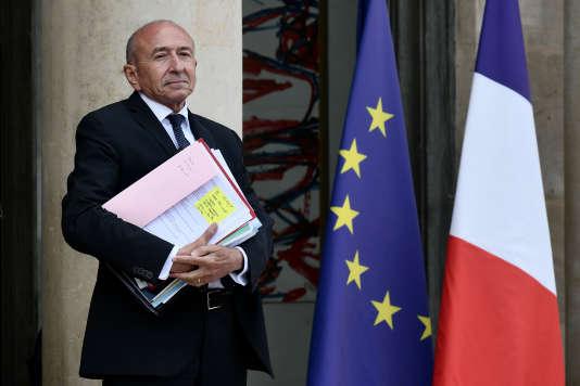 Le ministre de l'intérieur, Gerard Collomb, à la sortie du conseil des ministres du24septembre, à l'Elysée.