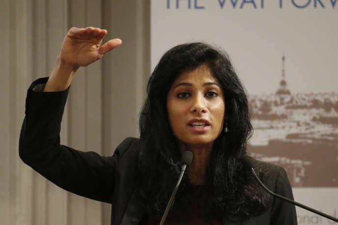 Gita Gopinath, nouvelle chef économiste du FMI, lors d'une conférence à la Banque de France, à Paris, en 2014.