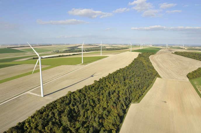 Le parc éolien Quatre Vallées 1, construit sur la commune de Coole (Marne), en septembre 2010.