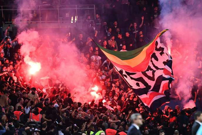 Le PSG est visé pour l'usage de fumigènes par ses supporteurs dans l'enceinte du Parc des Princes.
