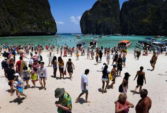 La baie de Maya, sur l'île deKoh Phi Phi Le, a été fermée une première fois en avril 2018.