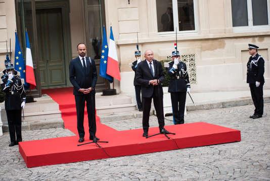 Lors de la passation des pouvoirs entre Gérard Collomb et Edouard Philippe, le 3 octobre.
