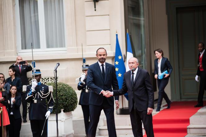 Lors de la passation des pouvoirs entre Gérard Collomb et Edouard Philippe, mercredi 3 octobre.