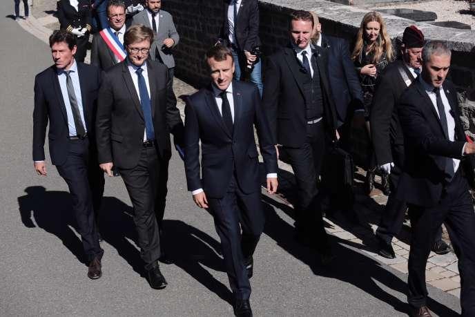 Emmanuel Macron, lors du 60e anniversaire de la Constitution, à Colombey-les-Deux-Eglises (Haute-Marne), le 4 octobre.