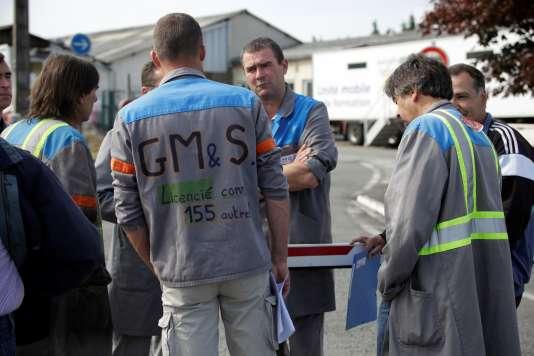 Des anciens salariés de GM&S lors d'un rassemblement à La Souterraine, le 23 mai.