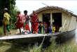 Au Bangladesh, des écoles flottantes contre la montée des eaux.