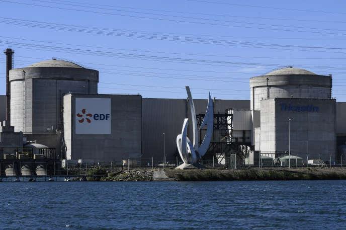 La centrale nucléaire du Tricastin, implantée sur quatre communes – Saint-Paul-Trois-Châteaux et Pierrelatte, dans la Drôme ; Bollène et Lapalud, dans le Vaucluse, en octobre 2017.