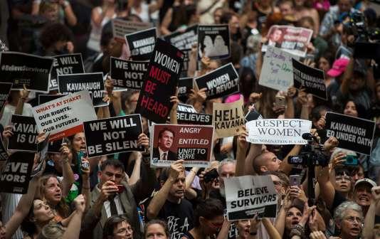 Des manifestants occupent un des bâtiments du Sénat à Washington, le 4 octobre, pour protester contre la nomination de Brett Kavanaugh.