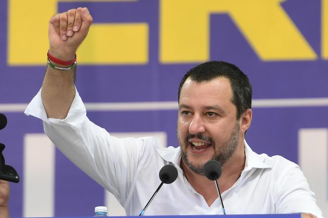 Le vice-premier ministre italien et ministre de l'intérieur, Matteo Salvini, lors du rassemblement de son parti, la Ligue (extrême droite), à Pontida, au nord-est de Milan, le 1er juillet.