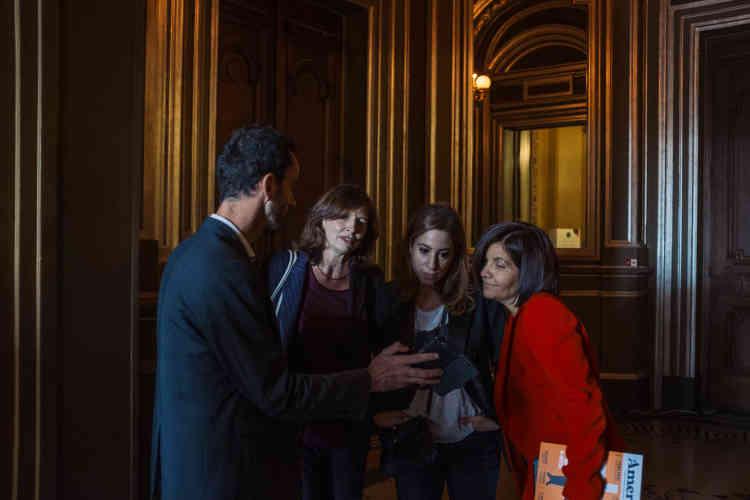 «Comment informer sous la présidence d'Emmanuel Macron?» Les journalistes Luc Bronner, Michèle Léridon, Léa Salamé et Céline Pigalle en ont débattu au Palais Garnier.