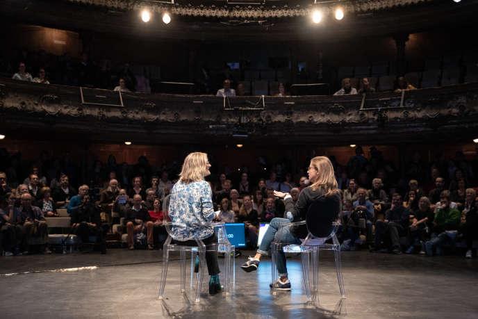Charline Vanhoenacker en conversation avec Sandrine Blanchard. Le Monde Festival 2018, les Bouffes du Nord, le 7 octobre.