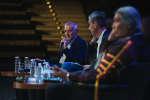 """Jean Jouzel intervient lors de la conférence """"Pour l'amour de ma terre"""" le 7 octobre lors de l'édition 2018 de """"Le Monde Festival"""" au à l'Opera Bastille à Paris. Lucas Barioulet pour Le Monde"""