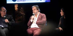 Pierre Hermé lors du débat Gout du chef, gout du public, modération Michel Guerrin (g) et Josefa Lopez. Le Monde festival 2018, les Bouffes du Nord, 7 octobre.