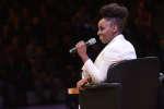 L'écrivaine nigériane Chimamanda Ngozi Adichie lors de sa rencontre avec le public, le 7 octobre, lors de l'édition 2018 du Monde Festival à l'Opéra Bastille à Paris.