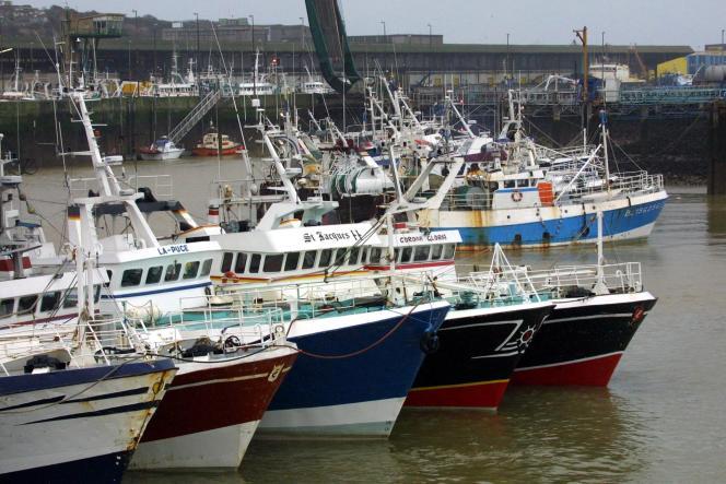 Des chalutiers de marins-pêcheurs de Boulogne-sur-Mer (Pas-de-Calais), le 14 décembre 2020.