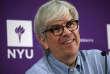 « C'est sans doute la première fois que le jury du Nobel d'économie récompense un économiste qui s'est aliéné une part significative de sa profession» (Paul Romer, lors d'une conférence à l'université de New York le 8 octobre).