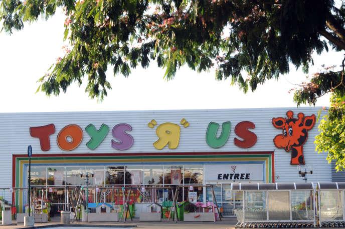 Toys'R'Us possède actuellement 53magasins en France.