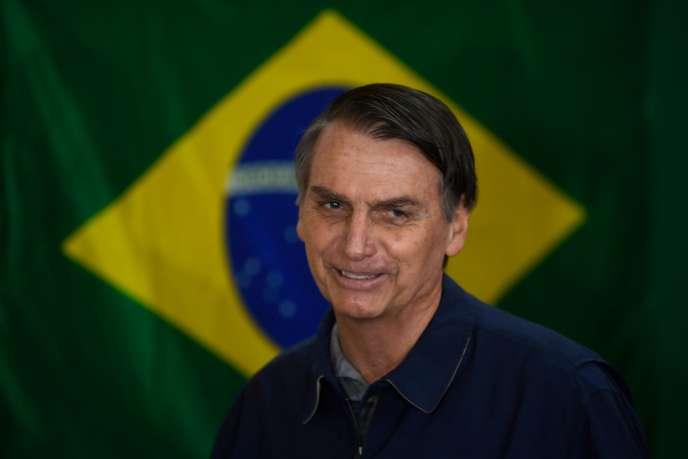 Jair Bolsonaro, le candidat de l'extrême droite à l'élection présidentielle brésilienne, à Rio, le 7 octobre.