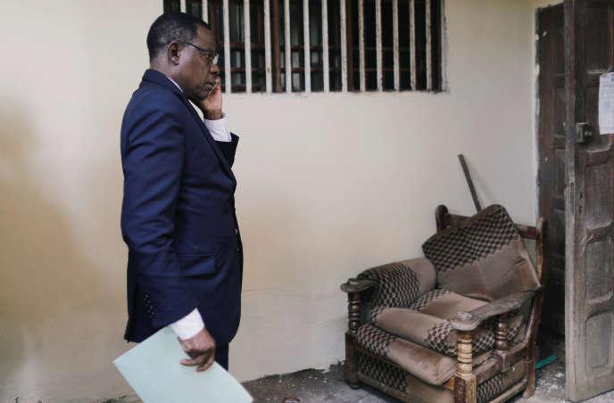 Maurice Kamto, le candidat du Mouvement pour la renaissance du Cameroun (MRC), dans son QG de campagne, à Yaoundé, le 8octobre 2018.