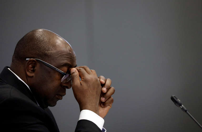 Le ministre sud-africain des finances, Nhlanhla Nene, devant une commission d'enquête à Johannesburg, le 3octobre 2018.