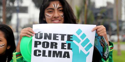 Manifestation à Lima, Pérou, contre le réchauffement climatique, le 8 septembre 2018.