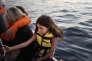 Sauvetage au large de Zaouïa, en Libye, d'un petit bateau de pêcheurs avec 47 personnes à son bord dont 17 mineurs, le 23 septembre.