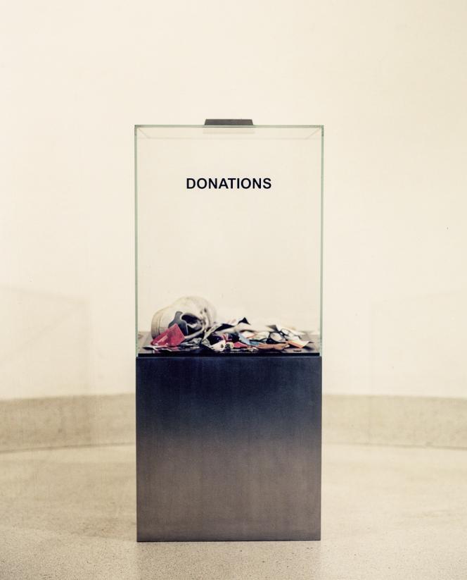 « Donation Box » (2006), d'Elmgreen & Dragset.