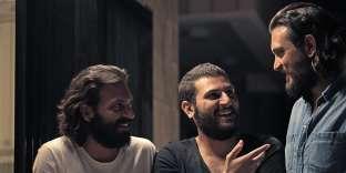 Les frères Bou Chaaya, Christian, Mir-Jean et Lucien (de gauche à droite), nouvelles figures du cinéma libanais, sont en train de tourner «Jinn», la première série Netflix au Moyen-Orient.