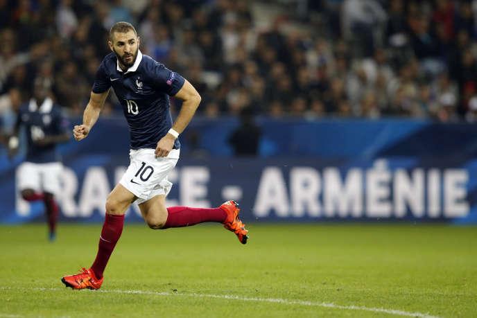 Karim Benzema, le 8 octobre 2015 à Nice sous les couleurs de l'équipe de France.