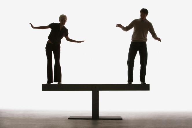 «Le plus difficile toutefois dans l'affaire, c'est d'avoir la certitude que l'invisibilisation est bien d'ordre sexiste (...). N'est-ce pas plutôt parce que vos pairs sont vos concurrents.»