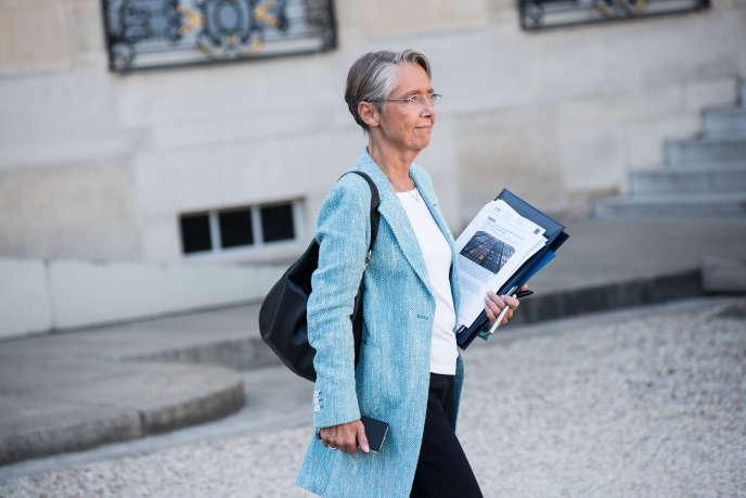 Elisabeth Borne, à la sortie du conseil des ministres, le 10 octobre.