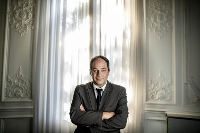 Emmanuel Maurel dans son bureau, boulevard Saint-Germain à Paris, le 10 octobre.