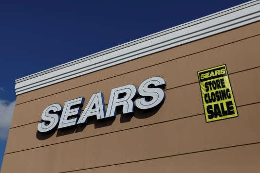 Annonce de la fermeture d'un magasin Sears,à New York, le 10 octobre.