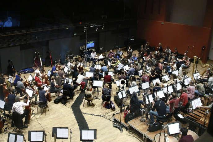 L'Orchestre national d'Ile-de-France enregistre la musique du film d'animation «Minuscules 2», le 6 septembre, dans son nouveau studio d'Alfortville (Val-de-Marne).