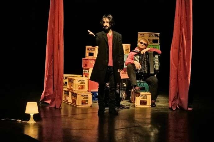 David Murgia dans«Laïka», texte et mise en scène d'Ascanio Celestini au Théâtre du Rond-Point à Paris.