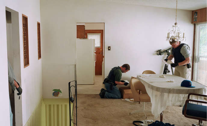 « Search of premises » (2009), de Jeff Wall.