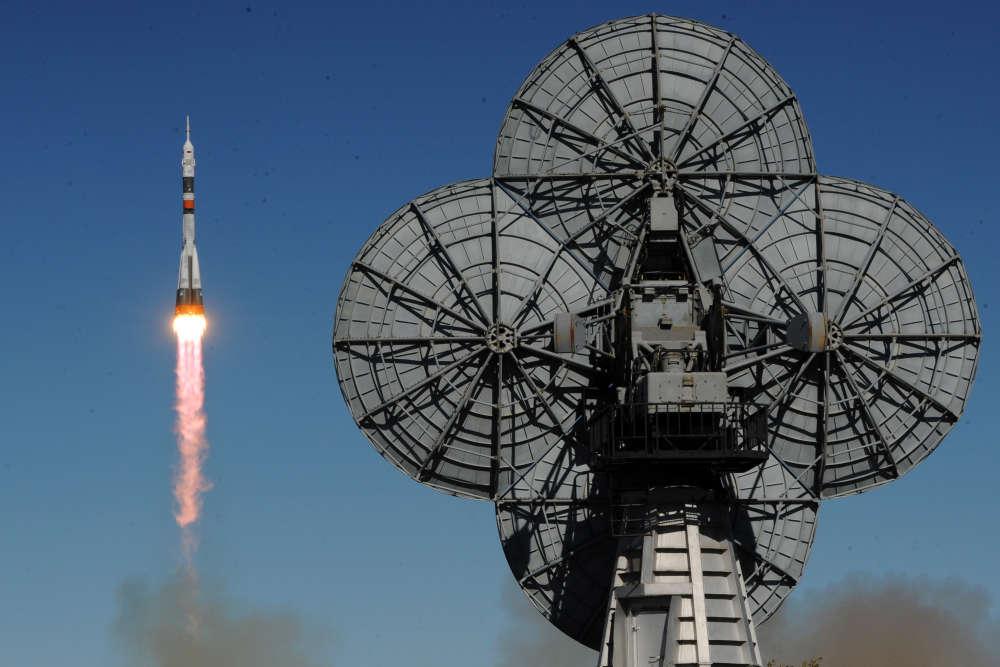 Lors du lancement, qui devait emmener l'Américain et le Russe pour une mission de six mois sur la station orbitale.