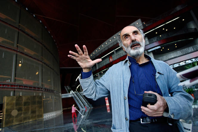 Paul Andreu, lors d'une visite de l'Opéra de Pékin, dont il est l'architecte, le 28 septembre 2007.