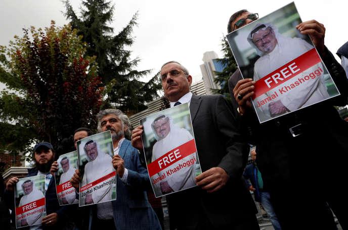 Manifestation devant le consulat saoudien à Istanbul, le 8 octobre.