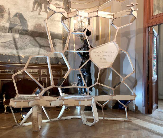 Echantillon du pavillon de bois qui sera présenté à Biomim'expo, le 23 octobre.