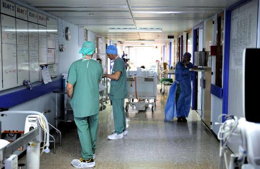 A l'hôpital de Lille, en avril 2013.