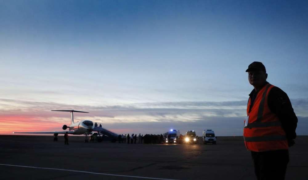 M. Rogozine, le directeur de Roskosmos, a annoncé l'ouverture d'une enquête gouvernementale, tandis qu'une investigation pénale a été lancée par le comité d'enquête russe. Tous les lancements de vol pilotés sont suspendus, en attendant les résultats de l'enquête et l'identification des causes de l'accident, a déclaré le vice-premier ministre russe Iouri Borissov.