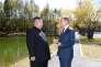 Le leader nord-coréen, Kim Jong-un (à gauche), et le président sud-coréen, Moon Jae-in, le 20 septembre, à Samjiyon (Corée du Nord).