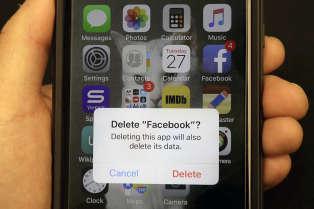 Faut-il supprimer Facebook ? Beaucoup d'utilisateurs ne semblent pas prêt à perdre les avantages d'un tel réseau social, malgré les risques du système.