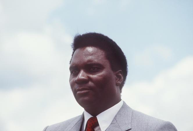 Portrait du président rwandais Juvenal Habyarimana, le 7 octobre 1982 à Kigali.